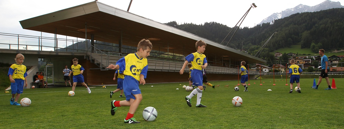 Jugendtraining Hauptspielfeld - Athletic Area Schladming